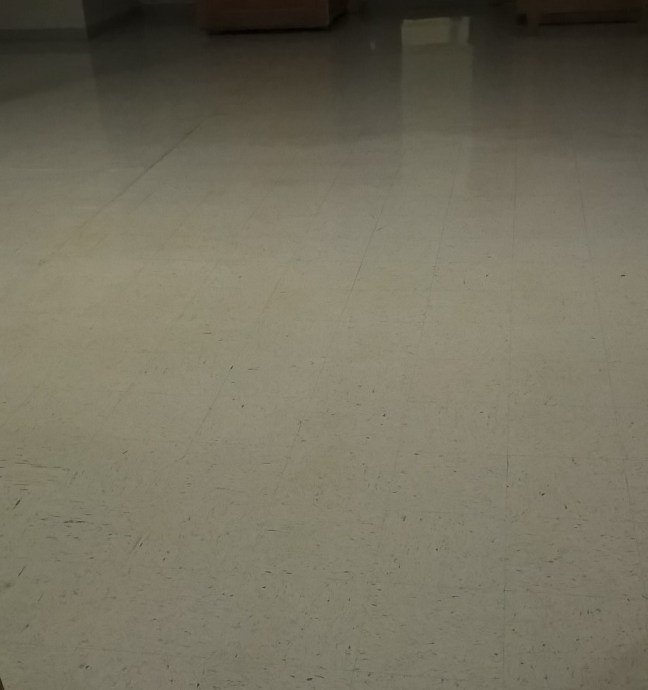 Old VCT Floor Recoated in St Paul MN
