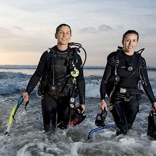 - Wellington Scuba Shop dive gear diving equipment Wellington PADIi dive courses Wellington TDI courses KISS Rebreathers