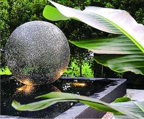 water-features-sphere-pond
