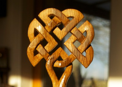 Celtic knotwork oak whisky stave tree carving