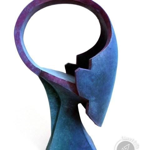 Tchat, 2016 (argile, gomme-laque)