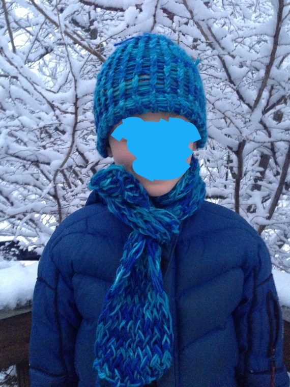 Loom knit hat and scarf
