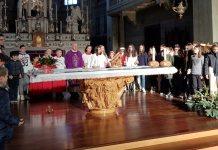 A Galliate festa per don Ernesto Bozzini parroco da 15 anni