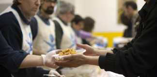600 buoni spesa per i Centri d'Ascolto Caritas