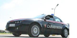 Tangenziale di Novara, auto contro guardrail, coppia finisce in ospedale