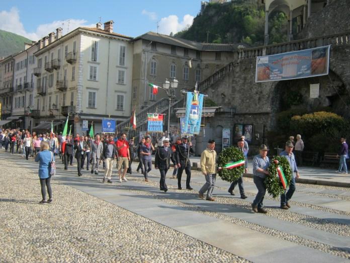 25 aprile-il corteo in piazza Vittorio