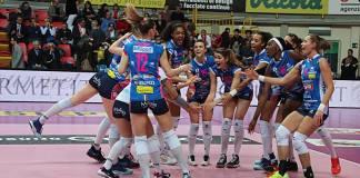 Igor Volley Novara, vittoria per 3 a 0 contro Busto, è finale Scudetto