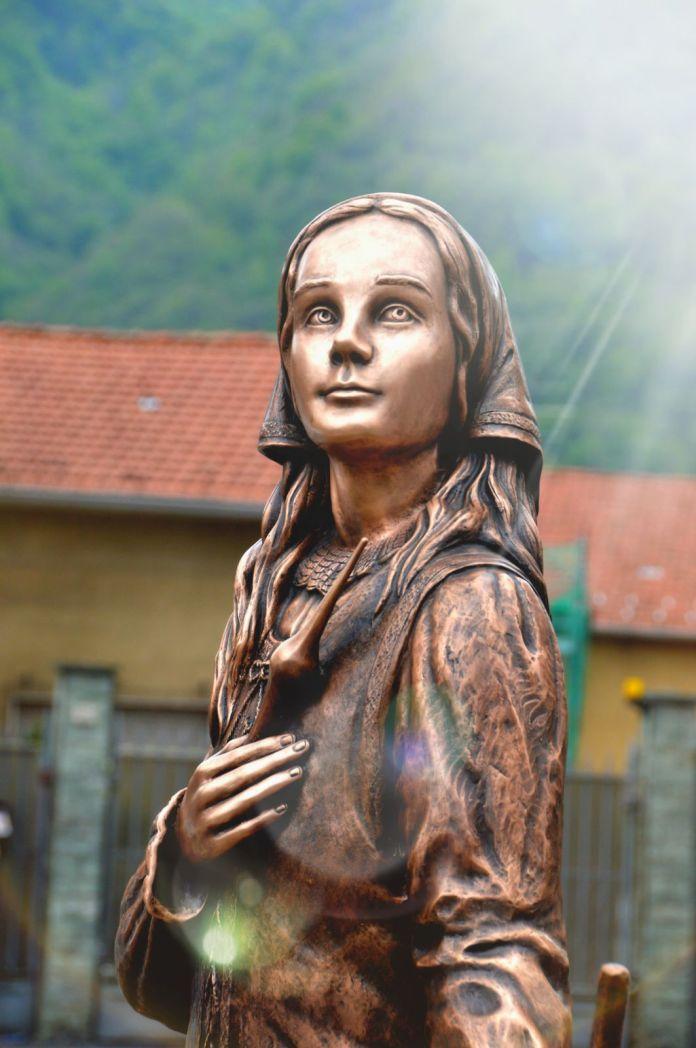 statua della beata panacea