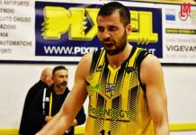 Andrea Pilotti all'Oleggio Magic Basket