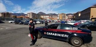 Carabinieri durante un controllo a Verbania