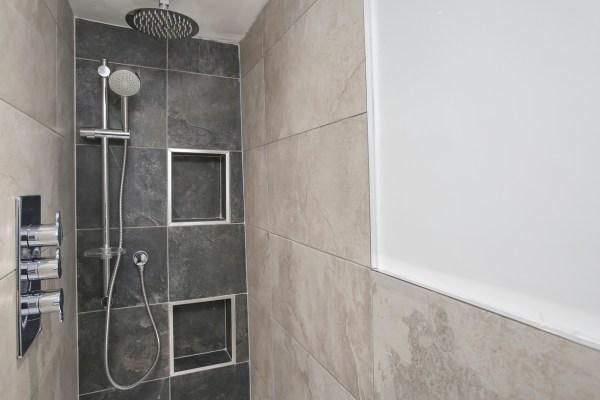 Family Bathroom Renovation – Sydenham