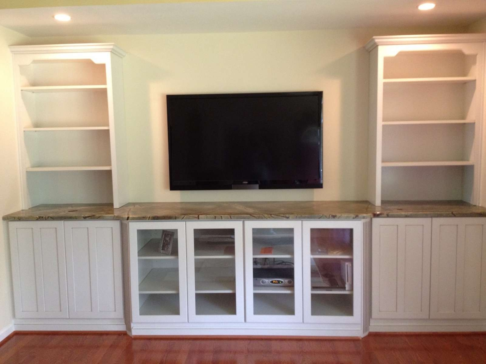 2018 Latest Under Tv Cabinets