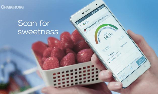 Changhong H2 أول هاتف بتقنية تحسس الأطعمة والسوائل