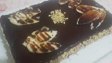 صورة كيك ٣ طبقات بالشوكولاتة والموز