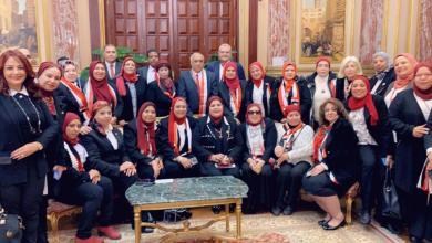 صورة تبرع وكيل لجنة القوى العاملة بمجلس النواب المصري واستقبال المعهد القومي للأورام لجمعية سحر الحياة