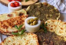 Photo of مناقيش الزعتر والجبنة بعجينة سهلة وطرية
