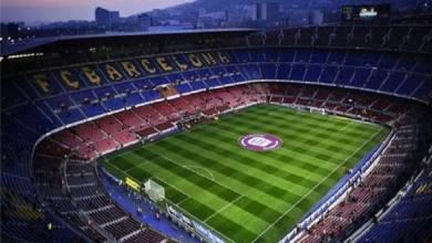 صورة مدرب برشلونة يضحي بثنائي الدفاع