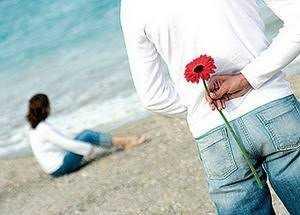 صورة الرجال أكثر عاطفة بينما المرأة عقلانية