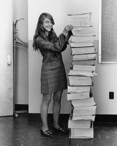 مارغريت هاميلتون المرأة التى وصلت البشرية الى القمر