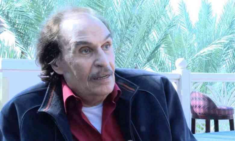"""وفاة الفنان عزت العلايلي وأشرف زكي ينعيه""""البقاء لله فارس الدراما العربية"""