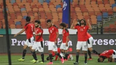 صورة مصر تغلب جزر القمر برباعية وتألق محمد صلاح