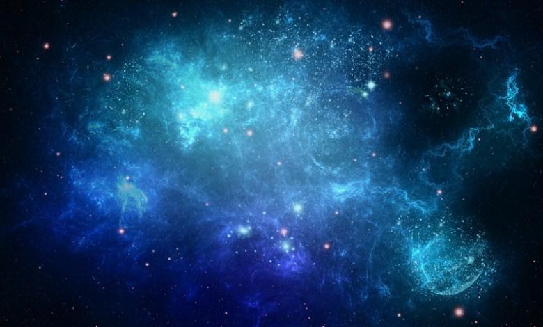 الفضاء الأزرق يعبث بحياتنا وحياة أطفالنا