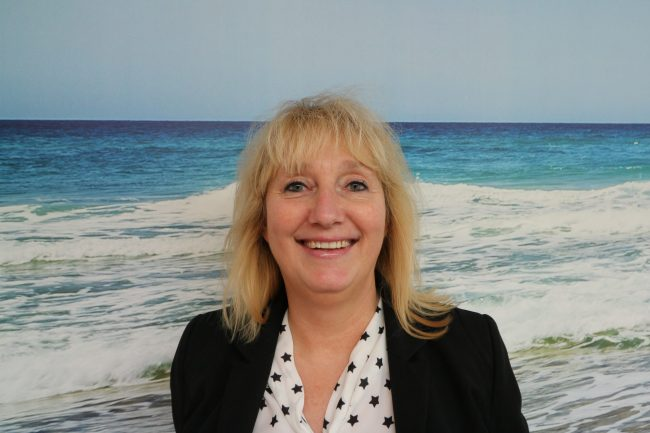 Anya Siemeons - Finance