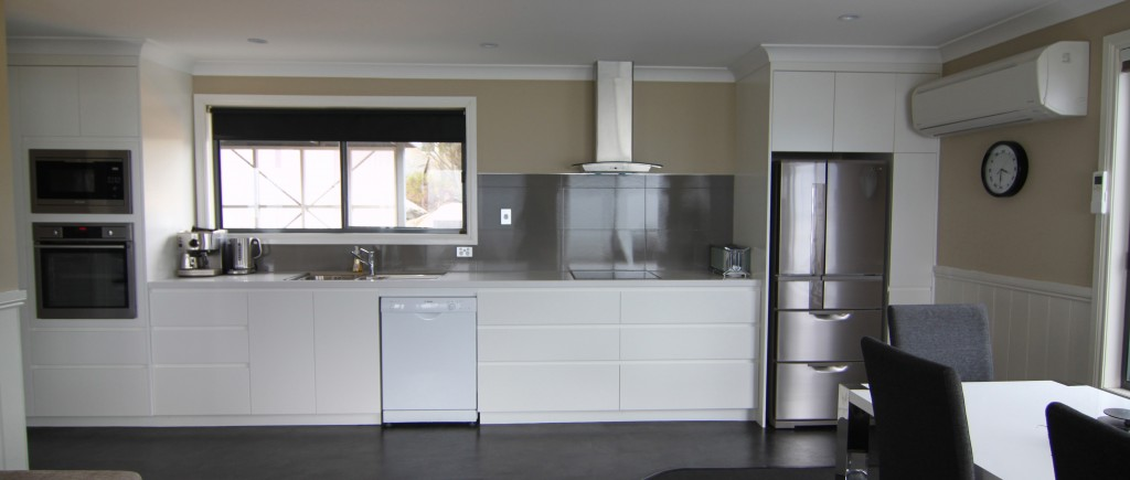 Modern kitchen at Sea Eagle Cottage