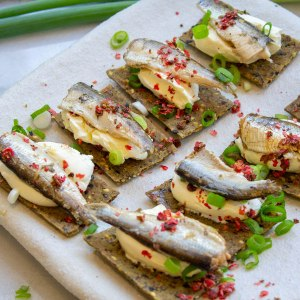 Sardine lime pink pepper nibbles