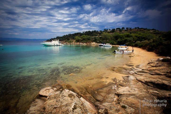 Galazia Nera beach @ Agios Isidoros island.