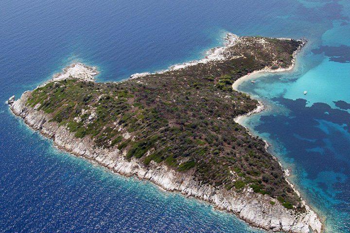 Panoramic view of Agios Isidoros island