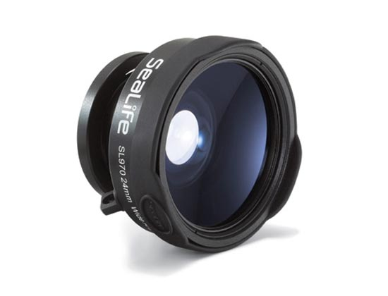 Wide angle lens for underwater camera