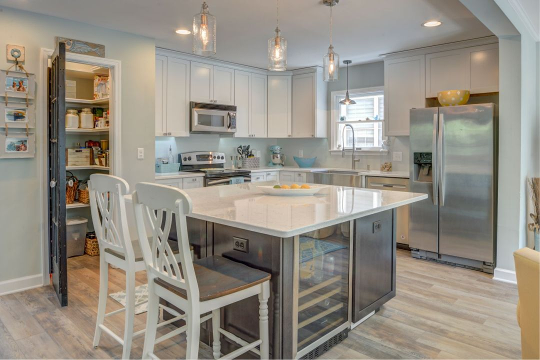 Kitchen Remodel in Canal Drive, Millsboro DE with Center Island