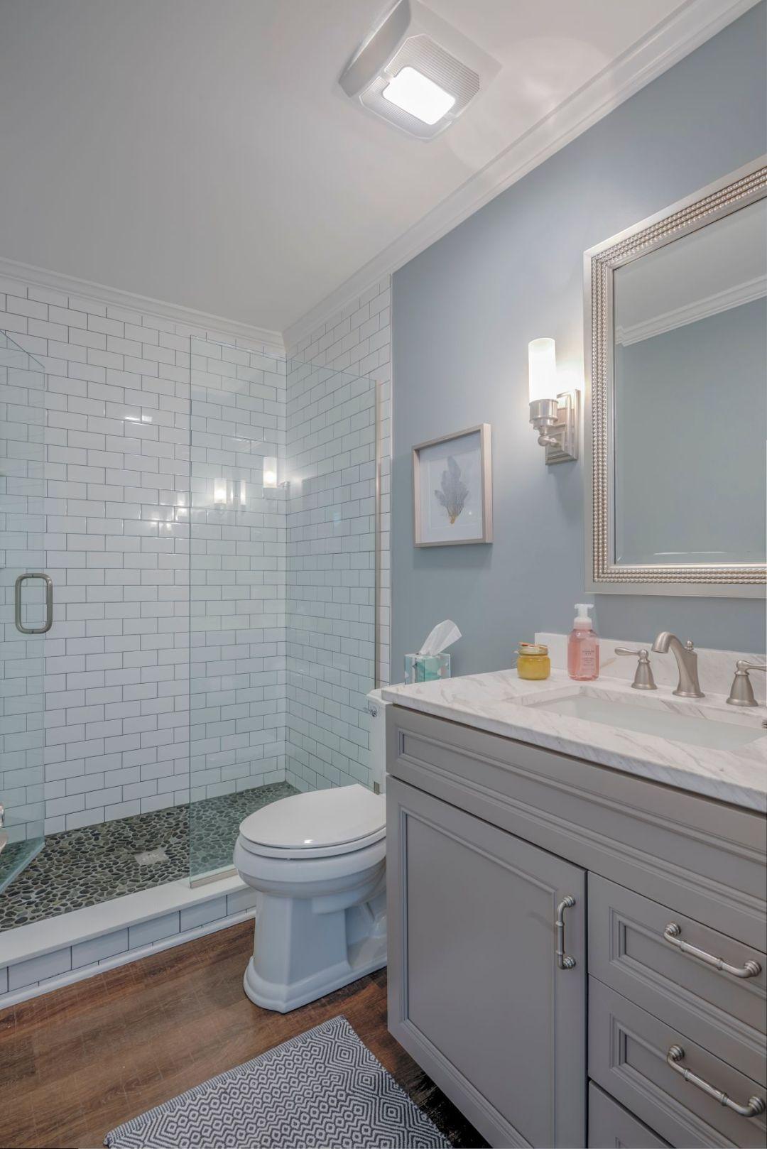 Bathroom Remodel in Kings Grant, Fenwick Island DE with Greyloft Maple Vanities