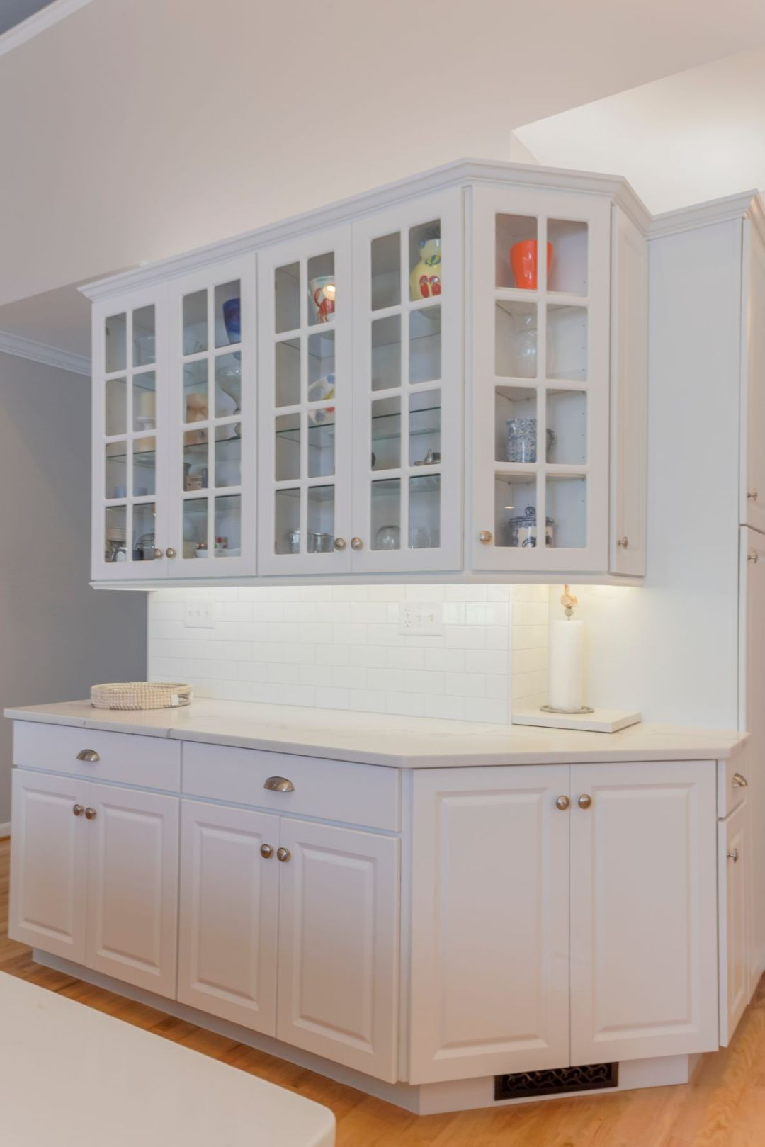 Kitchen Remodel in Willow Oak, Ocean View DE with White Cabinets and White Subway Backsplash Tiles