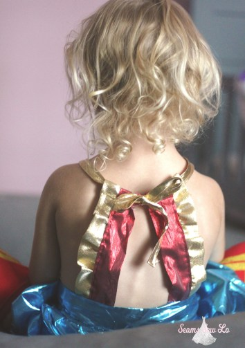 back of wonder woman costume for toddlers