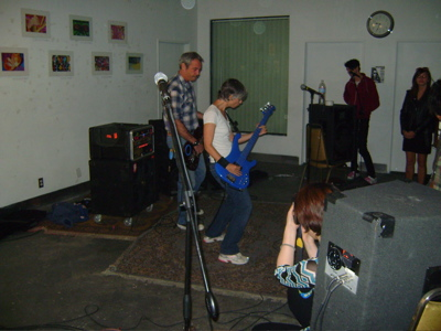 NEW MONDAY PHOTOS: WIDOW BABIES, I HEART LUNG, THE AMAZEMENTS, DOS (KIRA + MIKE WATT), NASA SPACE UNIVERSE AND MORE!!!