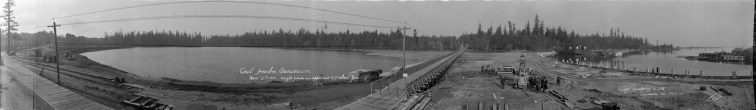 1917 Construction of Causeway over Coal Harbour 400