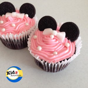 Easy Minnie Mouse Cupcakes