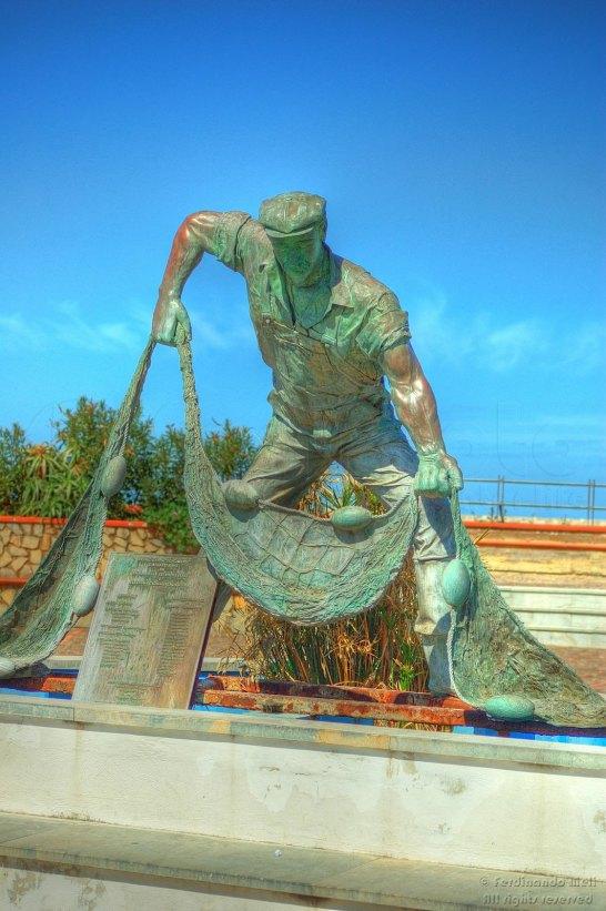 Statua del Pescatore ad Isola delle Femmine (PA)