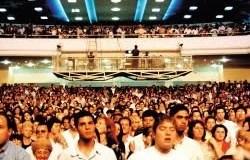 Igrejas e Crentes