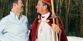 Café da manhã de Páscoa na Casa Branca é encerrado com oração de bispo gay
