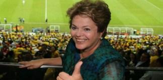 Política: Dilma em queda livre