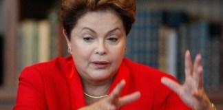 Dilma Rousseff afirma ter apoio de evangélicos, mas gera protestos