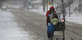 Fé, família e trabalho ajudam a combater a pobreza, diz deputado norte-americano