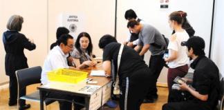 Aécio também vence em 14 seções eleitorais de Gunma no Japão