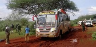 Quênia diz que massacre em ônibus é tentativa de iniciar guerra religiosa