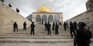 Após conflitos violentos, polícia de Jerusalém limita a entrada de muçulmanos ao Templo do Monte