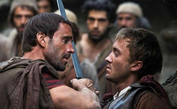 Risen: Filme conta a busca pelo corpo de Cristo após a crucificação