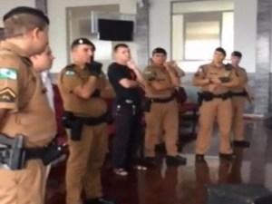 Policiais Militares invadiram templo da Assembleia de Deus em Guarapuava PR